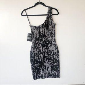 Nwt BCBGMAXAZRIA one shoulder dress sz small